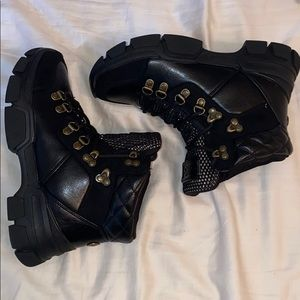 GBG GUESS boots